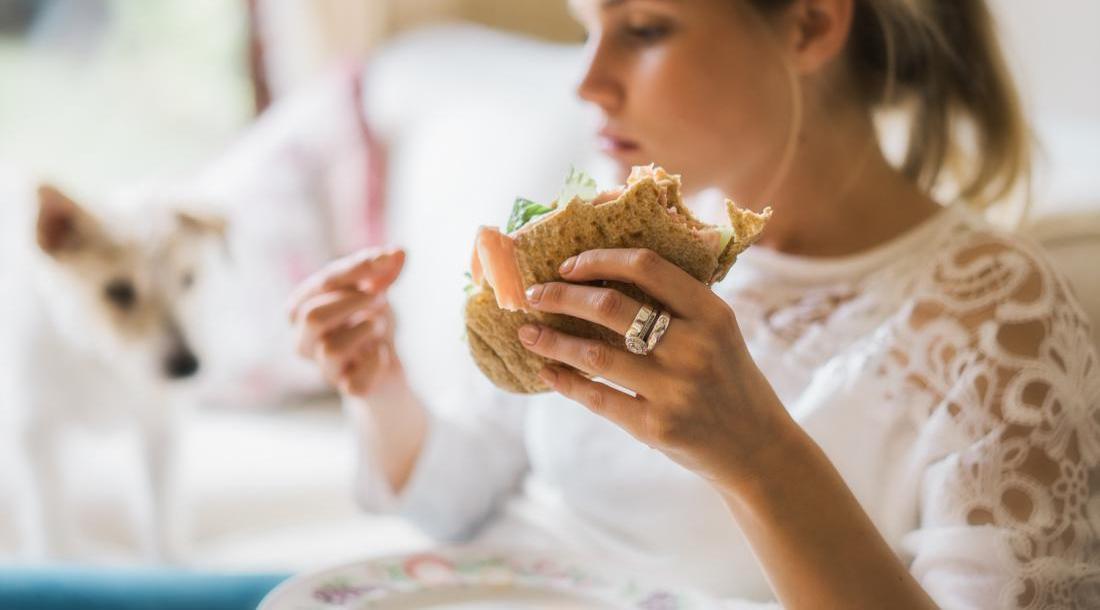 أطعمة تجعلك تشعرين بالجوع بمجرد تناولها